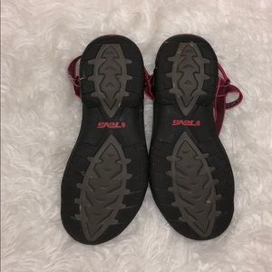 Teva Shoes - 🍍SALE🍍TEVA Sandals